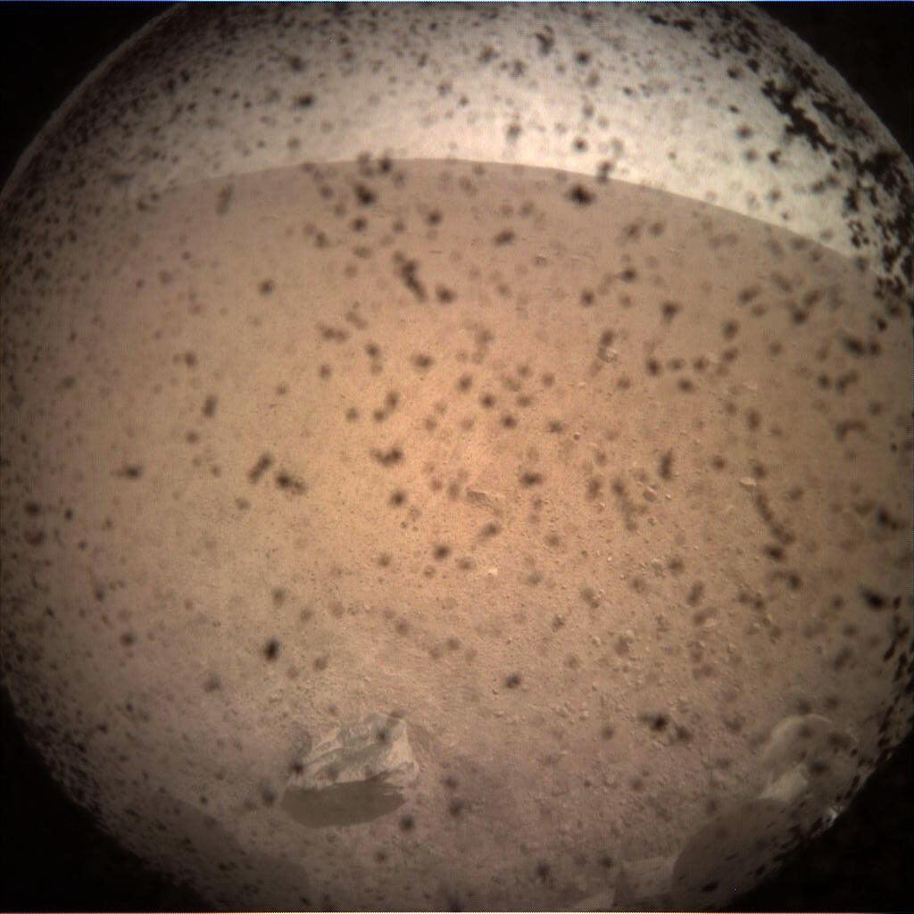 mars insight lens photo