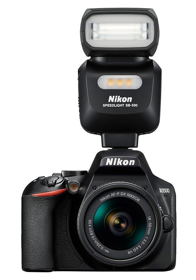 Nikon D3500 with flash