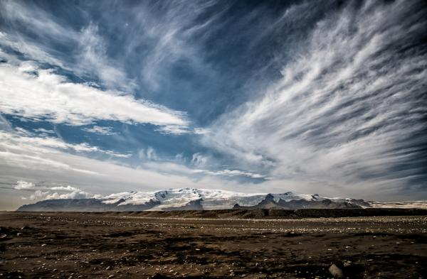 httpswww.popphoto.comsitespopphoto.comfilesimages201505daniel_benn_iceland_trek_0.jpg
