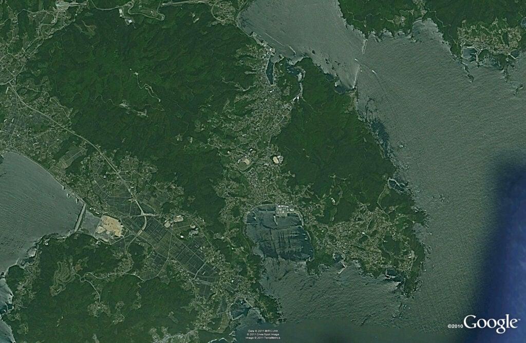 ofunato rikuzentakata border coast 2005.jpg