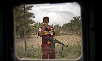 A Look Into the Life of Conflict Photographer Benjamin Lowy