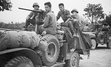 This Japanese-American Took Over 1000 Photos During WWII While Drafted in the US Army