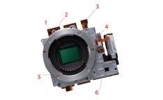 The-Guts-Panasonic-Lumix-DMC-GF1-s-Shallow-Lensmount