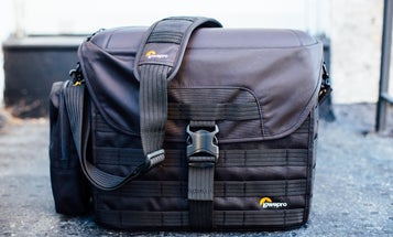 Review: LowePro ProTactic SH 200 AW Messenger-Style Camera Bag