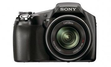 Sony Announces DSC-HX100V and DSC-HX9V Super-Zoom Compacts