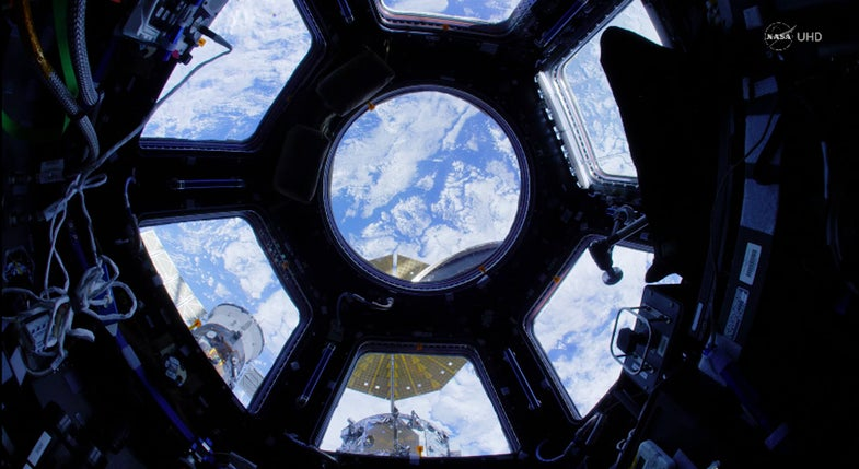 Guided tour of the international space station in ultra-HD