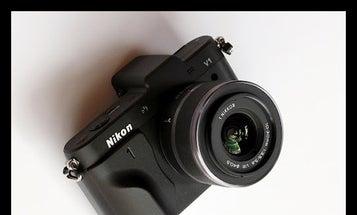 New Gear: Custom Grip For The Nikon V1 From Richard Franiec