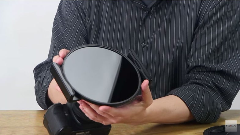 The Fotodiox WonderPana FreeArc XL Filter System Is Built for the Massive Canon 11-24mm Zoom Lens