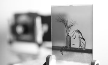 Kickstarter: Galaxy Wants to Bring Back Large Format Dry Plate Photography