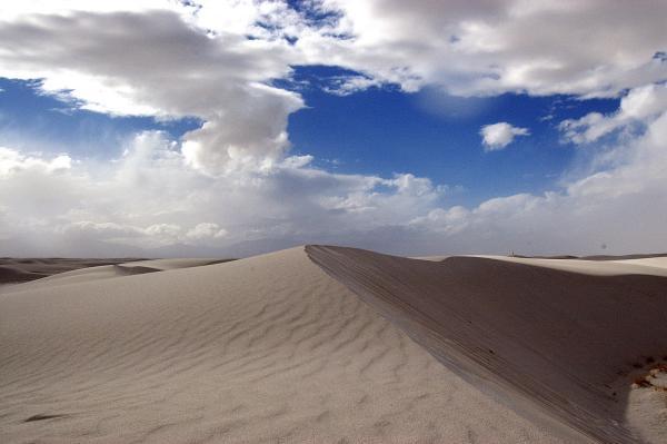 httpswww.popphoto.comsitespopphoto.comfilesimages201505best-of-white-sands-03.jpg