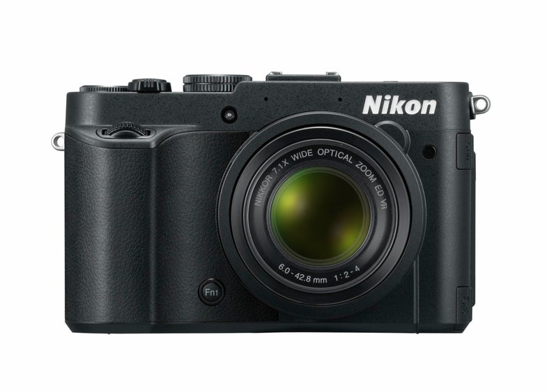 Nikon P7700 Main