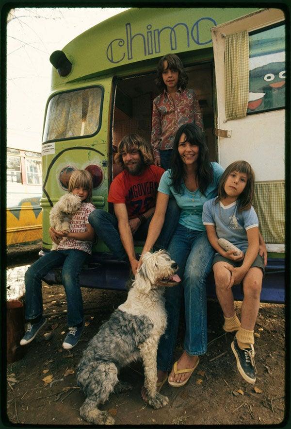 family-l.jpg