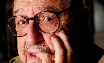 Legendary-Portrait-Photographer-Arnold-Newman-Dies-at-88