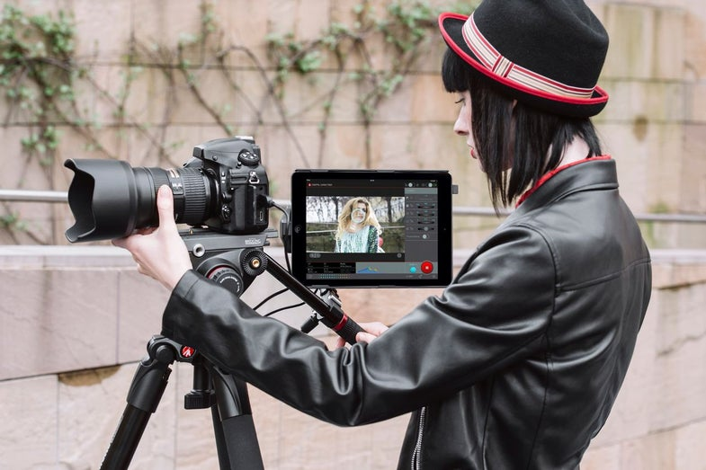 Manfrotto's Digital Director Turns Your iPad Into a Massive Viewfinder and Remote