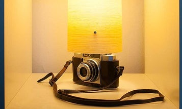 Phlite Turns Your Camera Into a Lamp