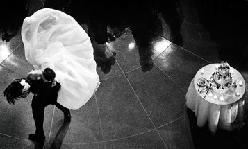 Tips From a Pro: An Introduction to Wedding Photography