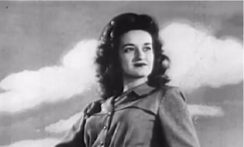 Video: To Be a Professional Photographer In 1946