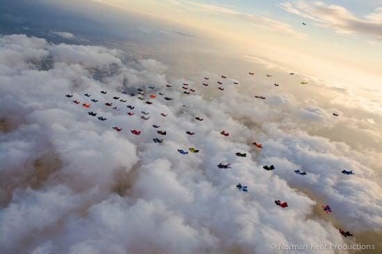 nkp-wingsuit record 71-2718.jpg
