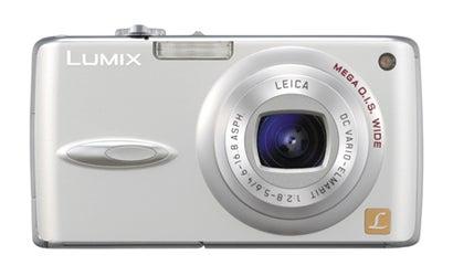 Camera-Review-Panasonic-Lumix-DMC-FX01