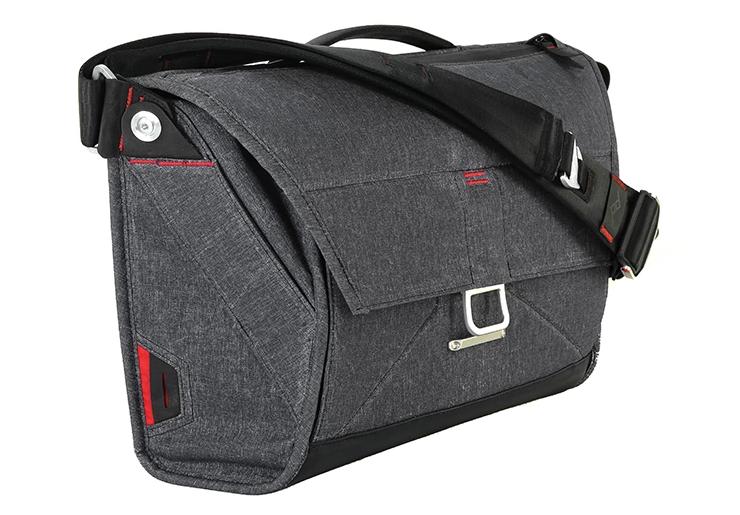 Kickstarter: The Everyday Messenger Bag Is Built For Versatility