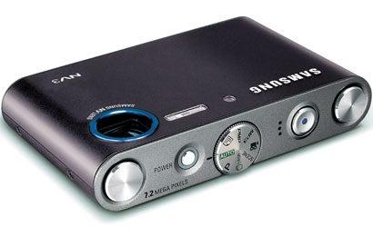 Camera-Review-Samsung-NV3