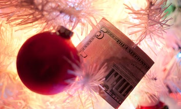 """PSA: Please Don't """"Become a Photographer"""" to """"Earn Extra Cash For The Holidays"""""""