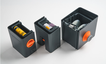 Lab-Box Is an All-In-One Film Developing Station That Doesn't Require a Darkroom
