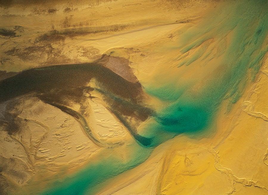 Meltwater Flowing Over Golden Sand and Silt Bars, Baffn Island, 1994.jpg