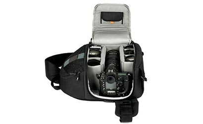 Equipment-Review-Lowepro-Slingshot-300-AW