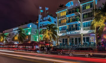Mentor Series: Gary Gustin Plays With Lighting in Miami