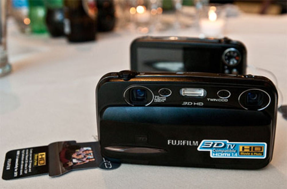 History of 3D digital cameras