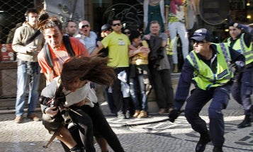 Photojournalist Beat by Police in Lisbon