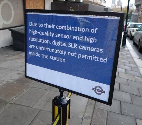 London sign2