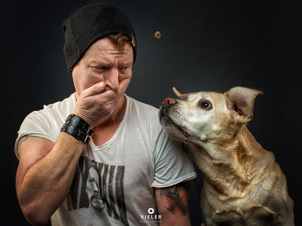 httpswww.popphoto.comsitespopphoto.comfilesimages201809selfie-mit-lotte-dog-treat.jpg