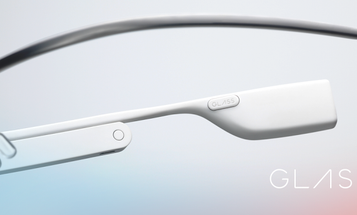 Google Glass Gets Improved Camera Features, Bans Some Apps