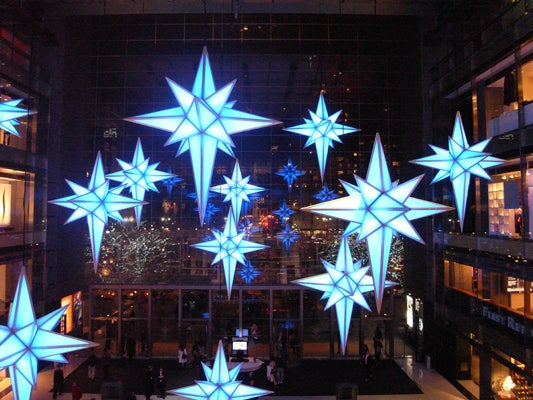 Stars-at-Columbus-Circle-shot-with-an-exposure-of