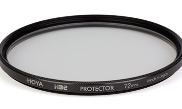 Hoya's New HD2 Filters Can Survive Being Hit With a Pipe