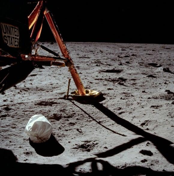 Neil Armstrong Throwaways