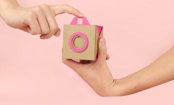 """Pinpal"" Concept is a Cardboard Pinhole Instant Camera"