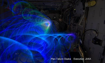 Japanese Astronaut Uses Custom Device To Create Light Painting Photos in Space