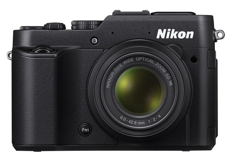 nikonp7800.jpg