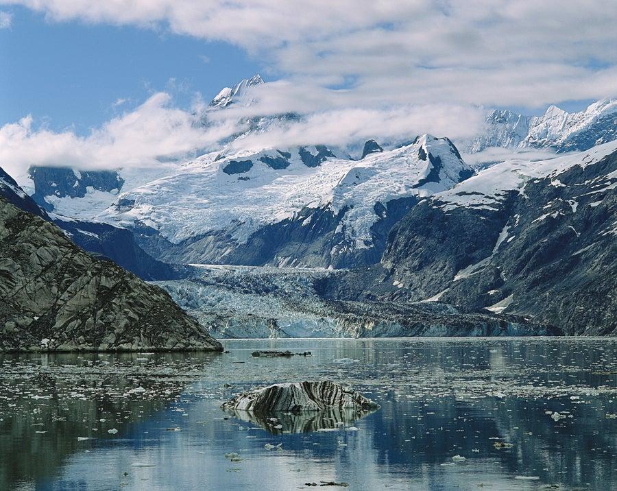 Johns Hopkins Inlet, Glacier Bay, 1988.jpg