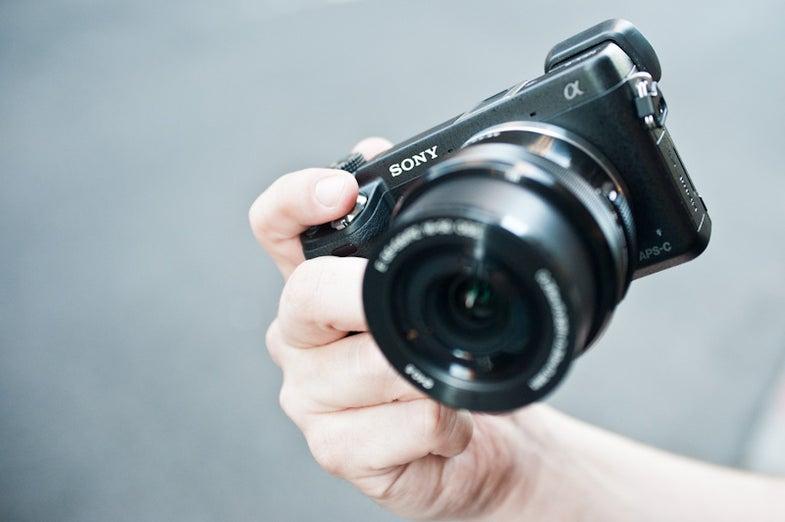Sony NEX-6 Main