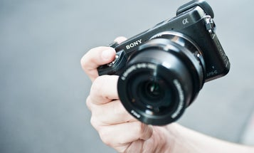 Hands-On: Sony NEX-6 Interchangeable-Lens Compact With Electronic Viewfinder