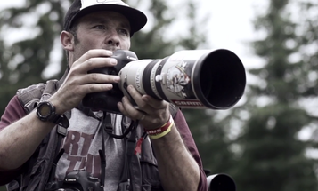 Video: Behind-the-Scenes With Mountain Bike Photographer Sven Martin