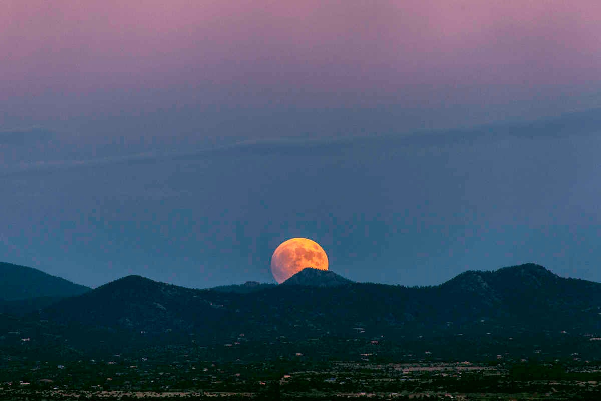 Show Your Stuff Gallery: #SuperBloodMoon