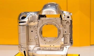 Take a Look Inside the Nikon D4 DSLR, Literally