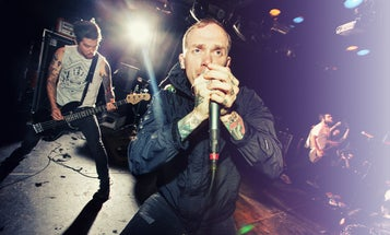 How-To: Concert Photography With Strobes and Flashes