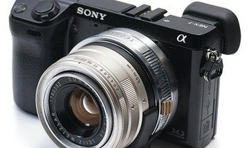 Leica Lenses Hacked to Autofocus on a Sony NEX Camera