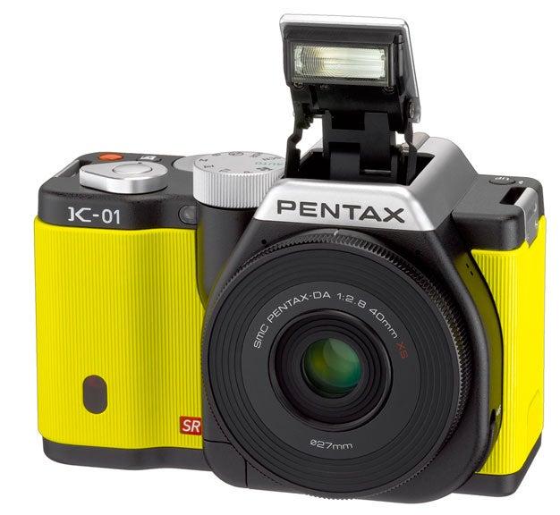 pentax_k-01_flash.jpg